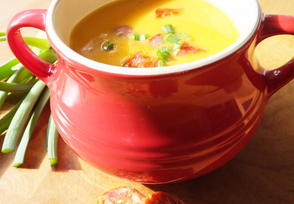 Sweet potato and chorizo soup recipe - Pikalily food blog