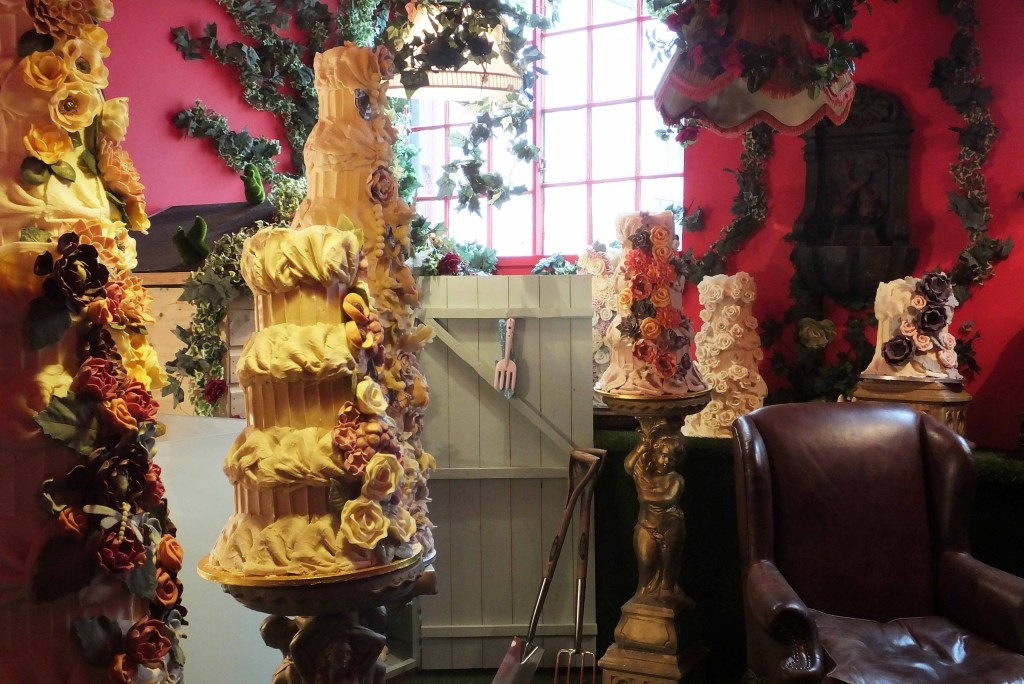 Wedding cakes Choccywoccydoodah - Pikalily Blog