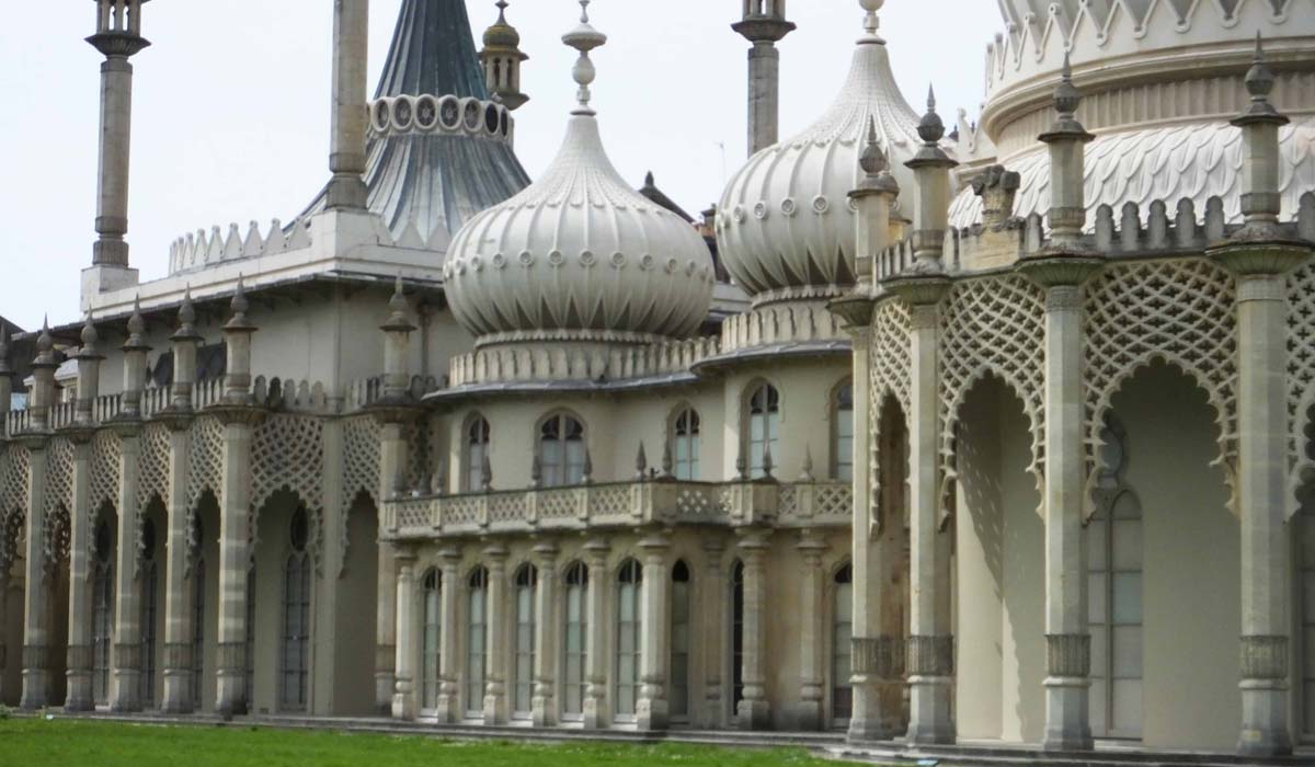 Royal Pavillion Palace Brighton - Pikalily Food Travel Blog