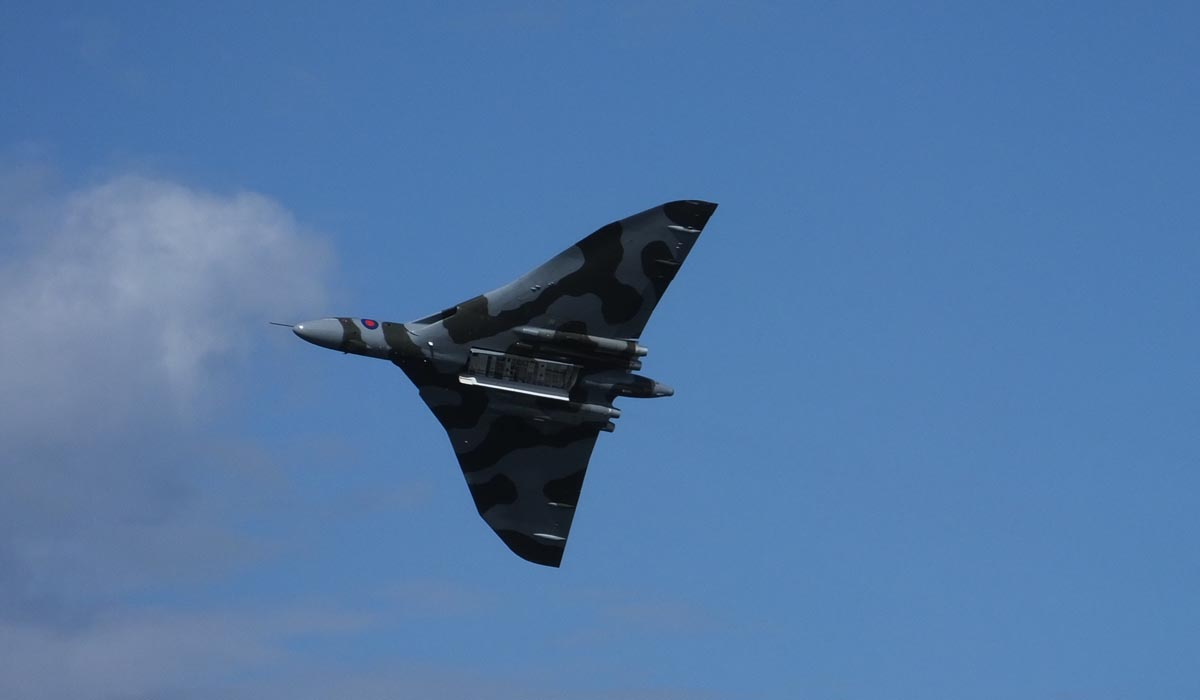 Vulcan Plane Festival Flight - Pikalily Food Travel Blog