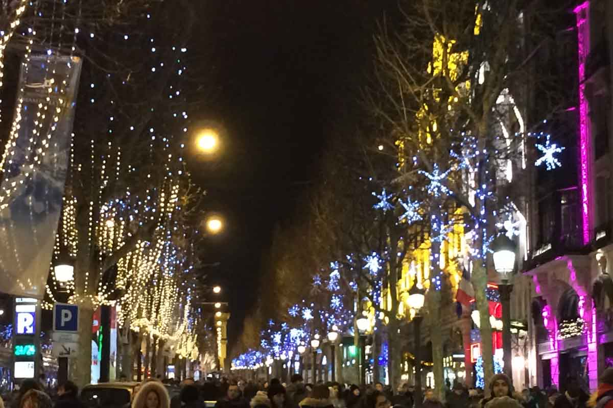 Champ Elysee Paris Night - Pikalily Food Travel