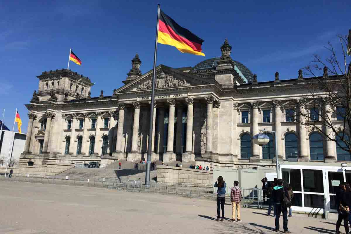 Reichstag Berlin - Pikalily Travel Blog