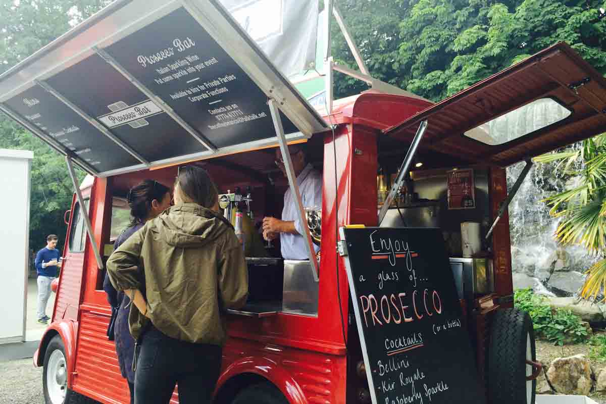 Prosecco Bus Taste of Dublin - Pikalily Food Blog