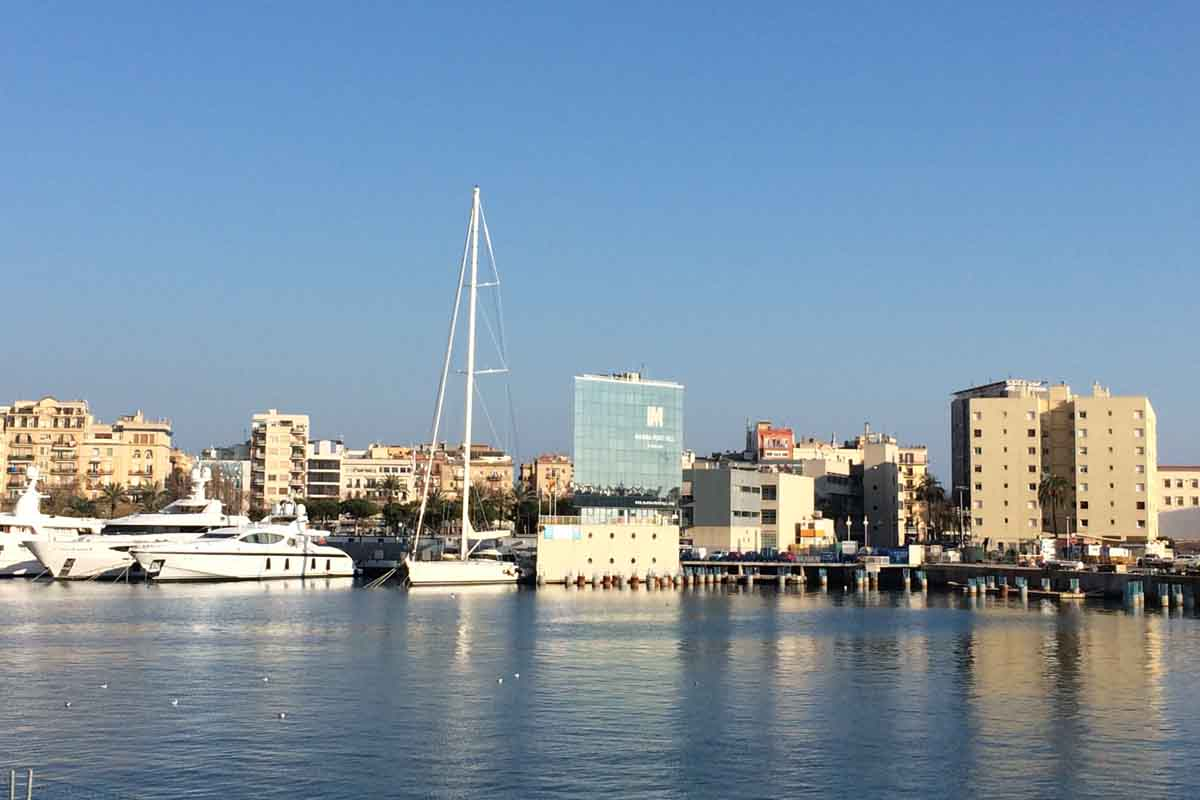 Barcelona Port - Pikalily Travel Blog
