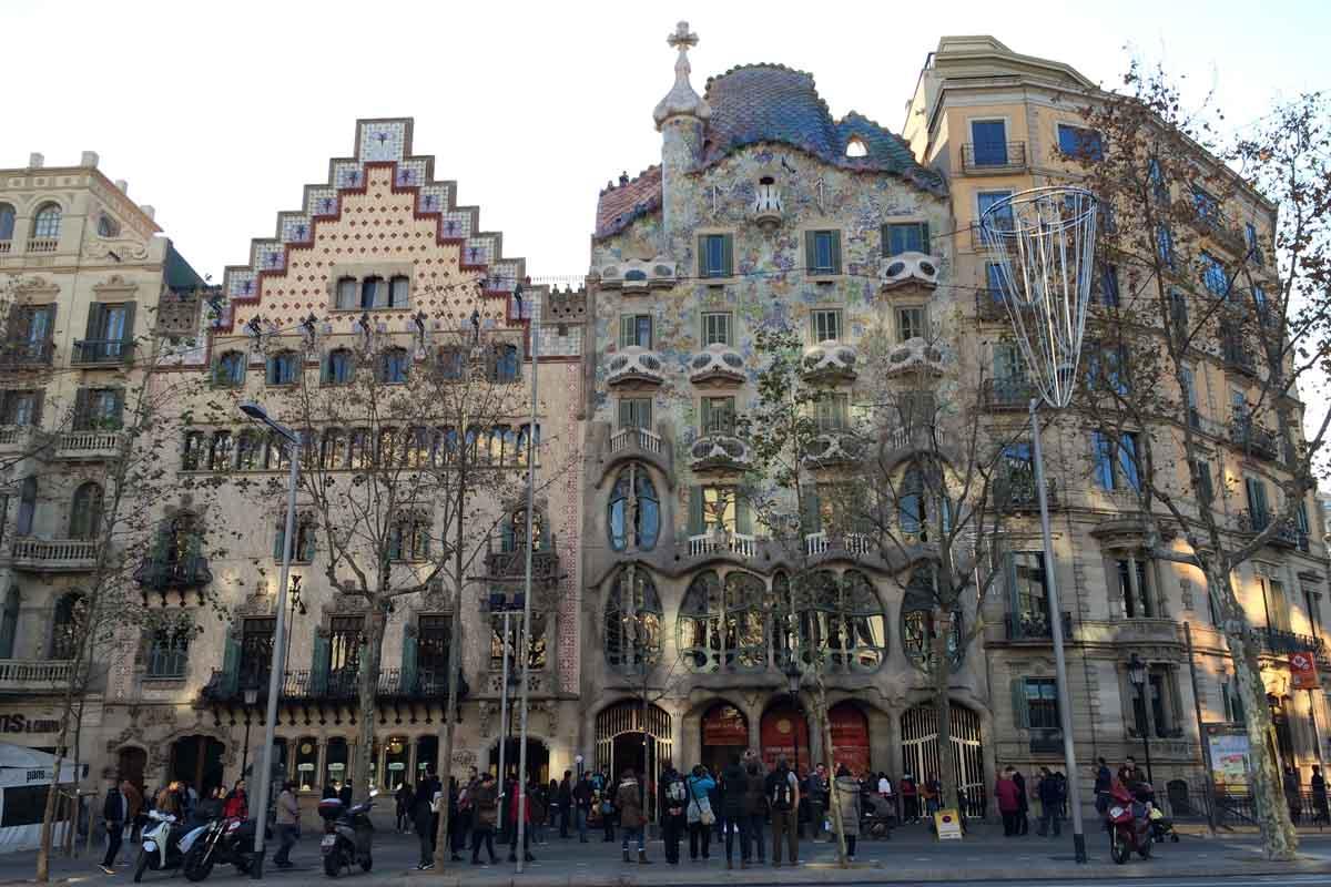 Casa Batllo Barcelona - Pikalily Travel Blog