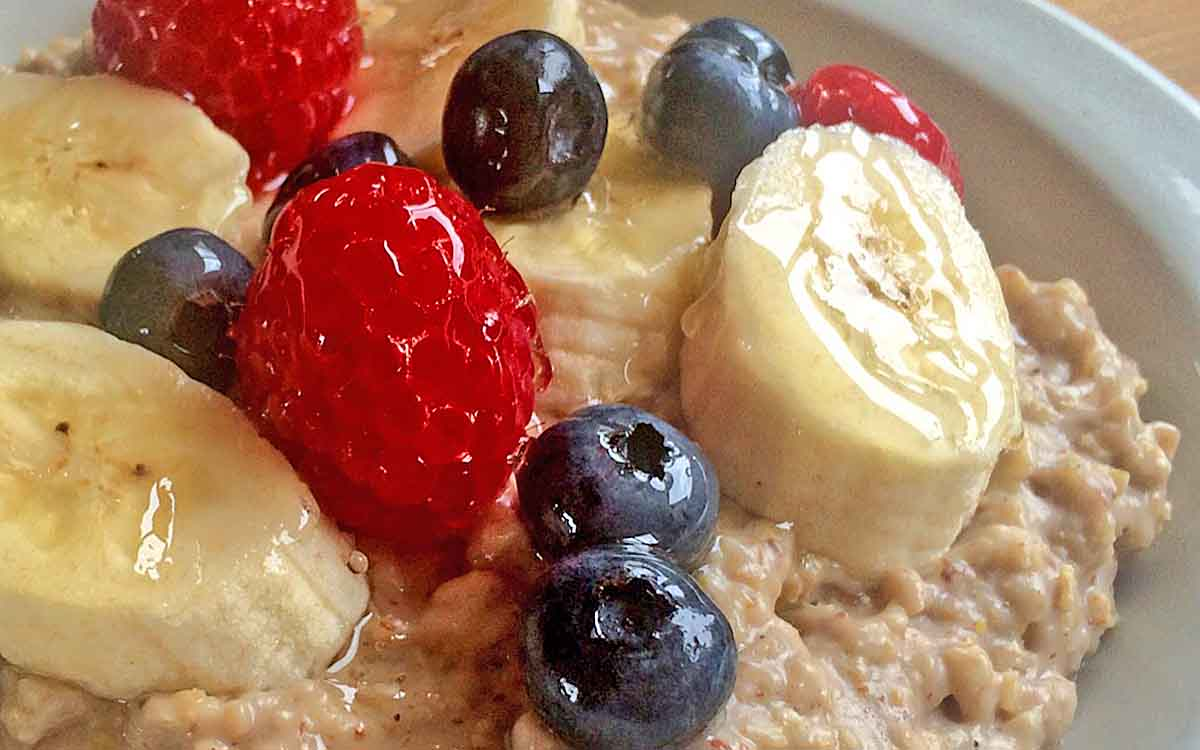 Flaxseed berry porridge - Pikalily Food Blog