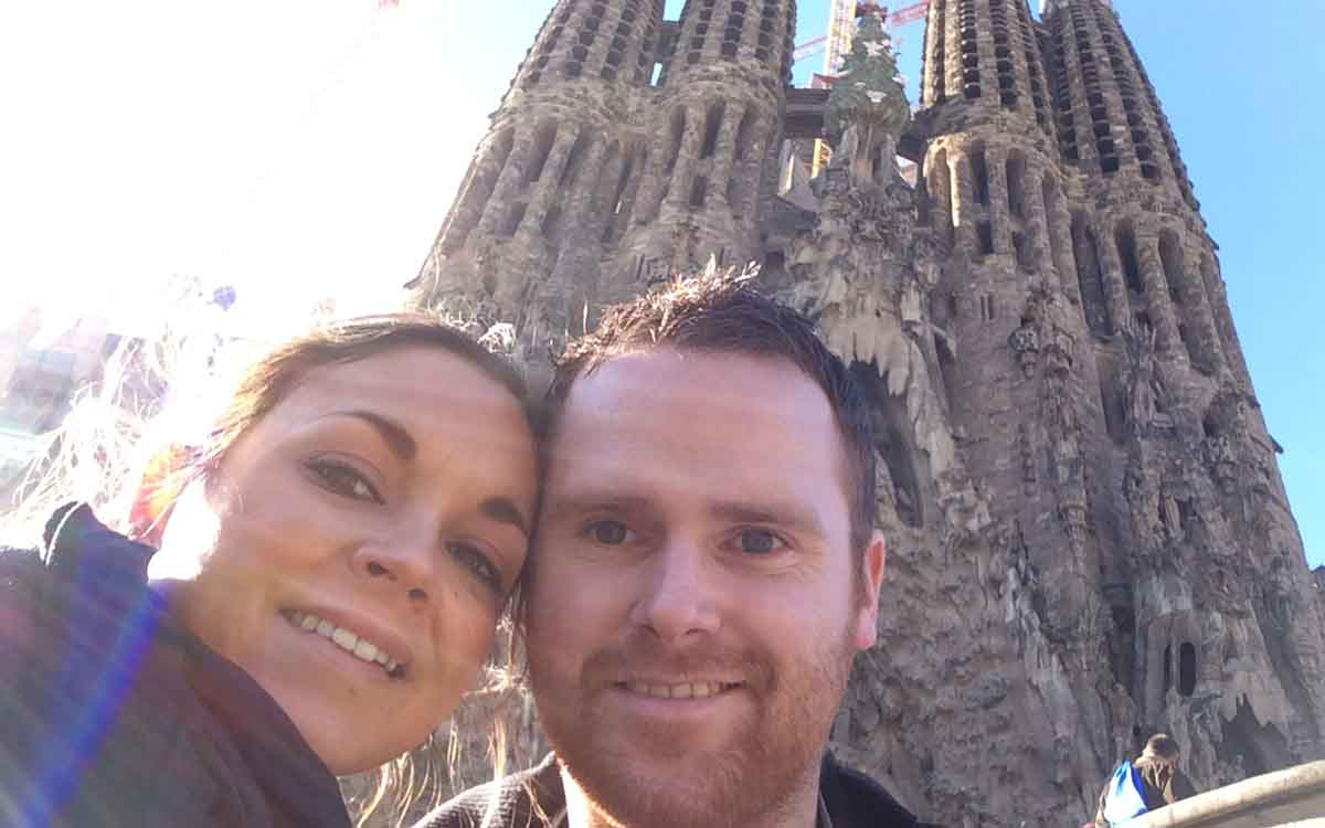 Sagrada Familia Selfie Barcelona - Pikalily Food Travel Blog