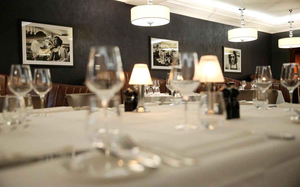 Marco Pierre White Belfast - Pikalily Food Travel Blog