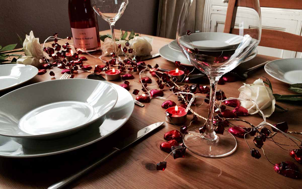 Setting Valentine's Table - Pikalily Food Blog