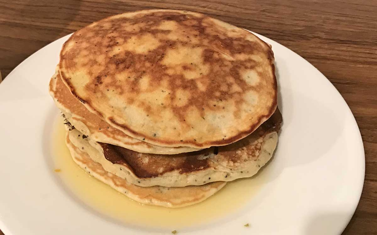 Lemon, lime and poppy seed pancake recipes - Pikalily Food Blog