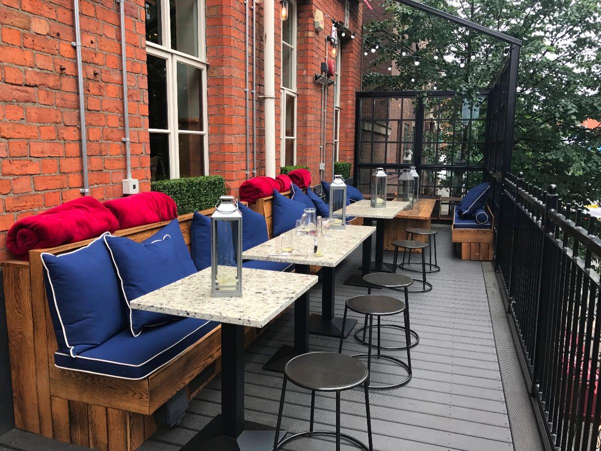 La Taverna Belfast Balcony - Pikalily Blog