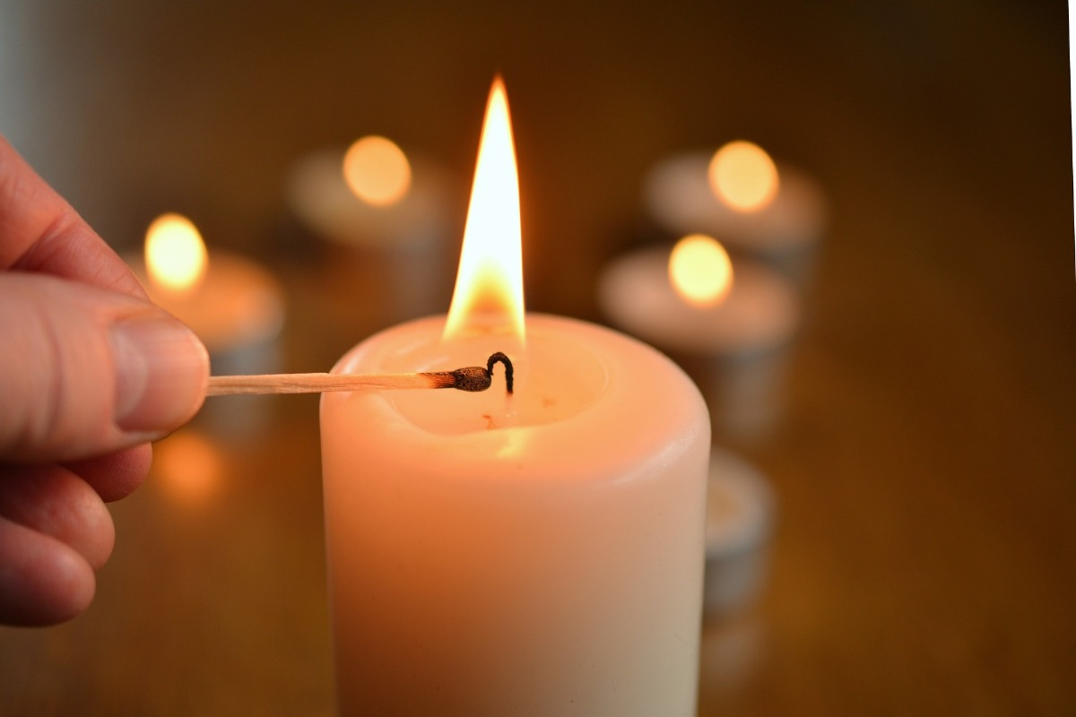Candles in the Home - Pikalily Blog